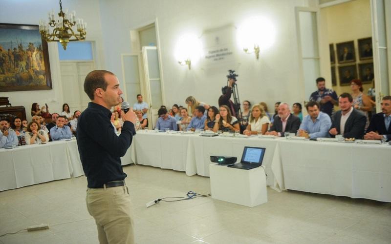 """Especialistas disertaron sobre la """"Iniciación al Cero Residuo"""" en la Legislatura de Mendoza"""